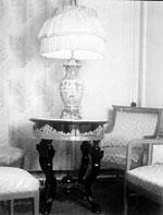 Господский дом. Фрагмент интерьера большой гостиной