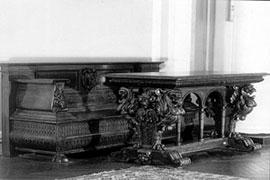 Господский дом. Фрагмент интерьера вестибюля